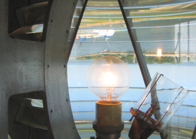 lampa nalatarni morskiej
