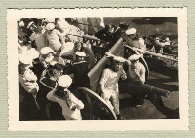 Trzycalówka na pokładzie Schleswig Holstein